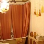 bathroom-in-spice-tones-terracotta2.jpg