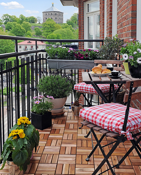balcony ideas on pinterest balconies small balconies and tiny balcony. Black Bedroom Furniture Sets. Home Design Ideas