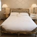 beautiful-english-bedroom3-1.jpg