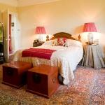 beautiful-english-bedroom34.jpg