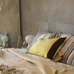 bedroom-yellow-accent10.jpg