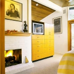 bedroom-yellow-accent12.jpg