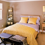 bedroom-yellow-accent6.jpg