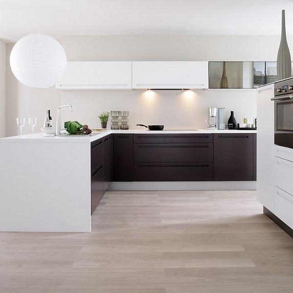 Кухня квадратная интерьер