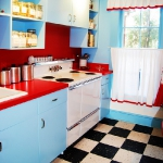 black-white-checkerboard-floors-tiles-in-kitchen11-8.jpg