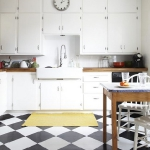 black-white-checkerboard-floors-tiles-in-kitchen4-6.jpg