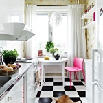 black-white-checkerboard-floors-tiles-in-small-kitchen1.jpg