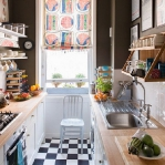 black-white-checkerboard-floors-tiles-in-small-kitchen4.jpg