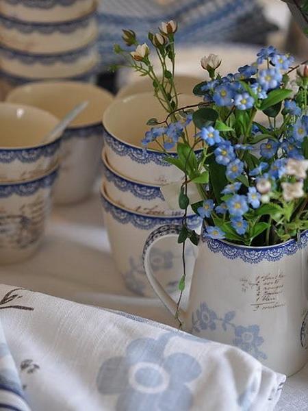 Букет синих красивых цветов