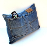 blue-jeans-pillows-pocket6.jpg