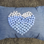 blue-jeans-pillows-trim-buttons4.jpg