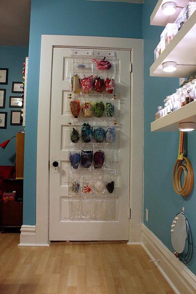 [Изображение: bright-craft-room-in-details27.jpg]