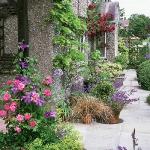 bright-nooks-in-garden27.jpg