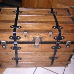 chests-and-trunks-creative-ideas4-7.jpg