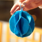 christmas-ball-ideas-diy-from-felt7.jpg
