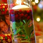 christmas-cranberry-and-red-berries-candles-decorating1-3.jpg