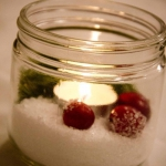 christmas-cranberry-and-red-berries-candles-decorating1-9.jpg
