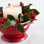 christmas-cranberry-and-red-berries-candles-decorating2-2.jpg