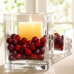 christmas-cranberry-and-red-berries-candles-decorating2-9.jpg