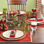 christmas-cranberry-and-red-berries-decorating-misc2-2.jpg