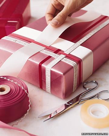 Новогодние идеи по декорированию, упаковке подарков и многое другое.