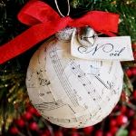 christmas-music-sheet-diy-decoration-ball4.jpg