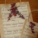 christmas-music-sheet-diy-decoration-wrap11.jpg