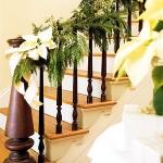 christmas-staircase-garland4-3.jpg
