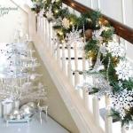 christmas-staircase-garland4-5.jpg