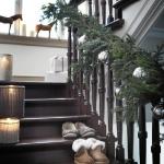 christmas-staircase-garland5-3.jpg