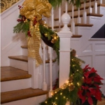 christmas-stairs-decoration2-5.jpg