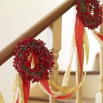 christmas-stairs-decoration3-1.jpg