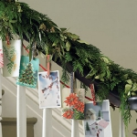 christmas-stairs-decoration4-2.jpg