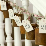 christmas-stairs-decoration4-5.jpg