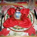 christmas-table-detail-figurine3.jpg