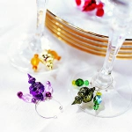 christmas-table-detail-glass3.jpg
