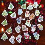 christmas-tree-decoration-stranger-things3.jpg