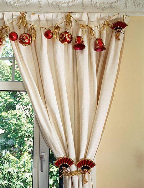 Как украсить окна перед новогодними праздниками: 12 способов + 70 примеров.