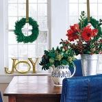 christmas-windows-decoration-wreath5.jpg