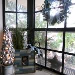 christmas-windows-decoration-windowsill6.jpg