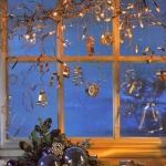 christmas-windows-decoration-lighting2.jpg