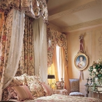 classic-chic-homes-owned-by-women-decorators1-5.jpg