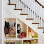 clever-ideas-under-stairs-in-hallway3.jpg