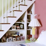 clever-ideas-under-stairs-in-bedroom3.jpg