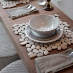 coastal-decor-on-plates-and-napkin-rings1-5
