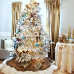 color-decor-to-white-christmas-tree4-2