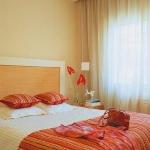 color-in-bedroom-one-basic2-1.jpg
