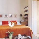 color-in-bedroom-one-basic2-2.jpg