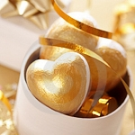 color-of-new-year-gold2-4.jpg