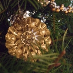 color-of-new-year-gold2-9.jpg